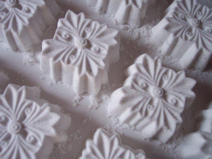 Bunny's Garden Sparkling Bath Tiles